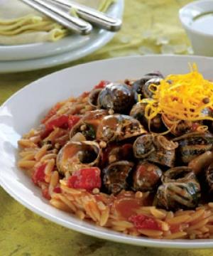 Κριθαράκι με Σαλιγκάρια και Μαστιχέλαιο
