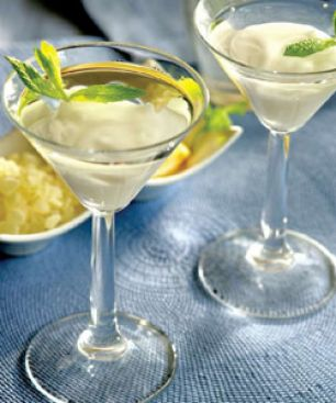 Ypovryhio au Mastiha de Chios plongé dans Martini